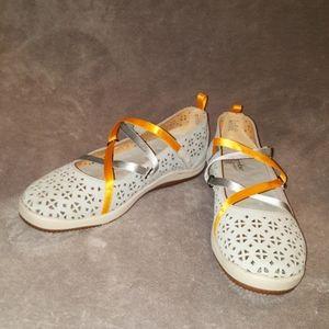 EUC jambu strappy walking shoe